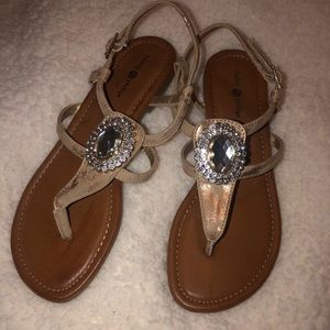 Rand new Lindsay Phillips Sandals!!